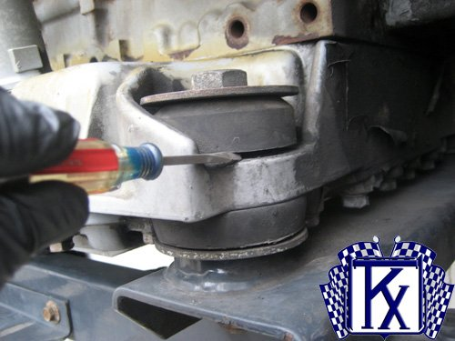 Carrier Transicold Reefer Engine Motor Mount Replacement